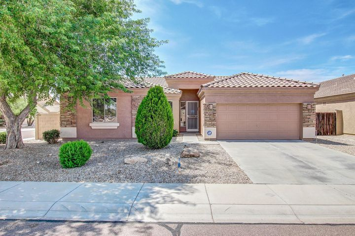 9315 W YUKON Drive, Peoria, AZ 85382