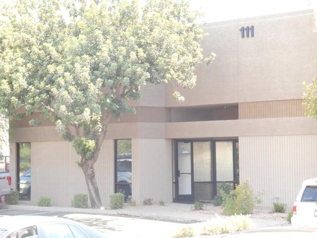 111 S WEBER Drive, Chandler, AZ 85226