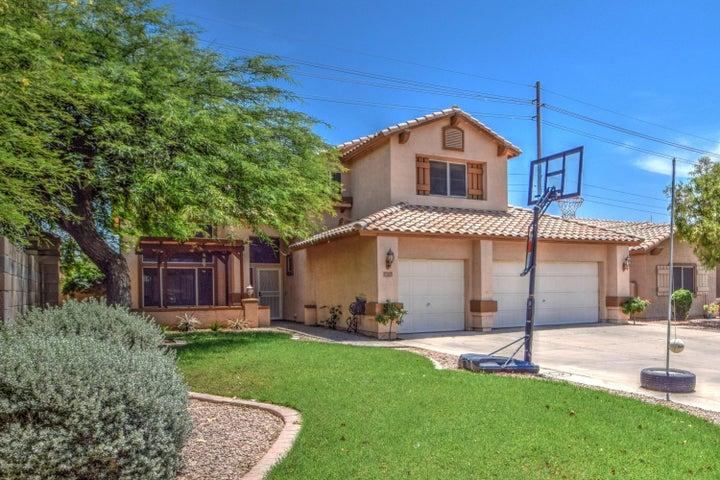 1575 E PRINCETON Avenue, Gilbert, AZ 85234
