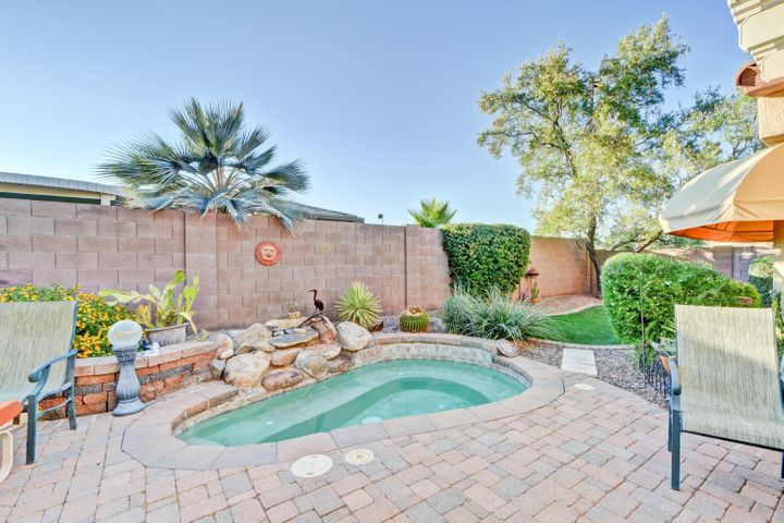20046 N CANYON WHISPER Drive, Surprise, AZ 85387