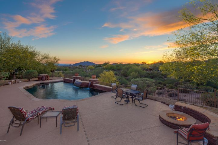 10266 E WINTER SUN Drive, Scottsdale, AZ 85262