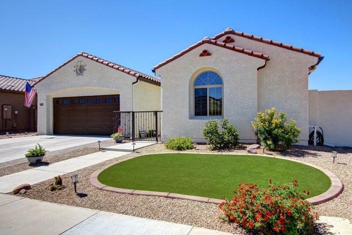 2815 E RUSSELL Street, Mesa, AZ 85213