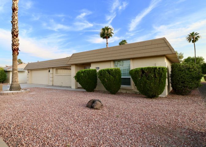 10918 W TROPICANA Circle, Sun City, AZ 85351