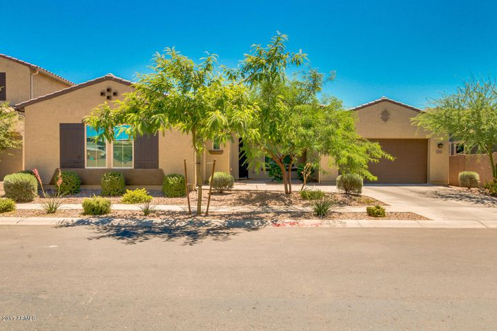 1829 S PONDEROSA Drive, Gilbert, AZ 85295
