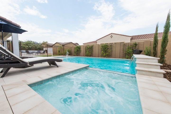7706 S 31ST Place, Phoenix, AZ 85042