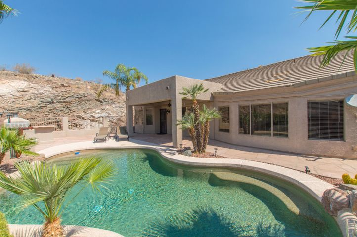 1317 E COTTONWOOD Lane, Phoenix, AZ 85048