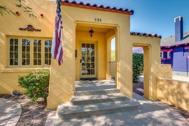 537 W PORTLAND Street, Phoenix, AZ 85003