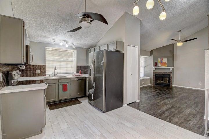 4901 E KELTON Lane, 1091, Scottsdale, AZ 85254