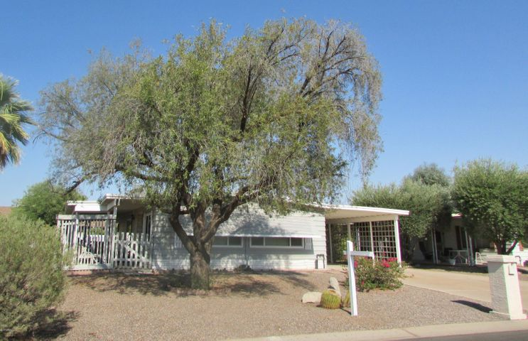25403 S WYOMING Avenue, Sun Lakes, AZ 85248