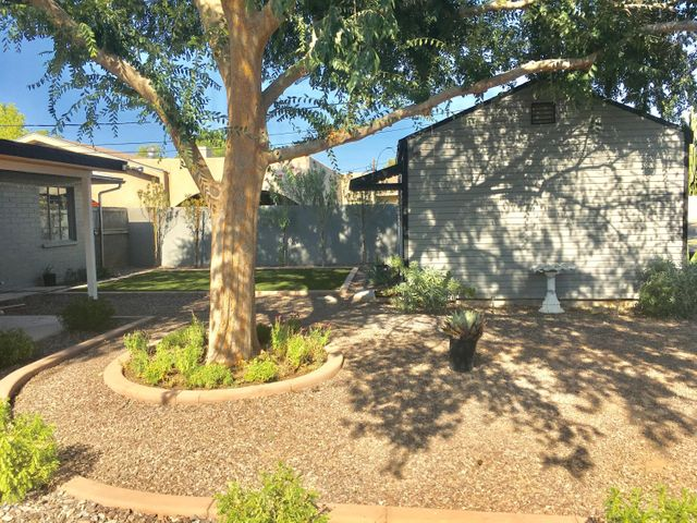 4923 E INDIANOLA Avenue, Phoenix, AZ 85018