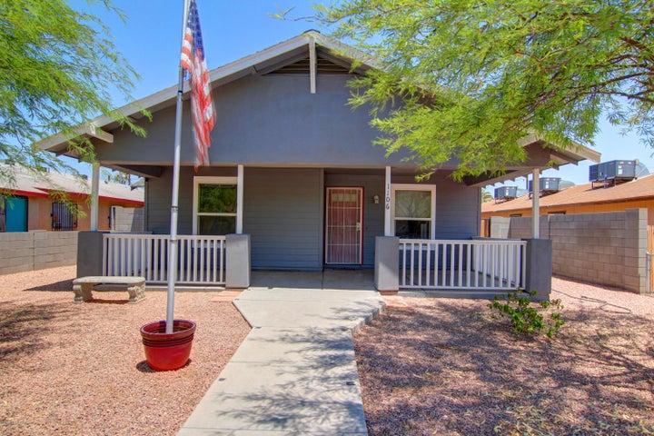 1106 E POLK Street, Phoenix, AZ 85006