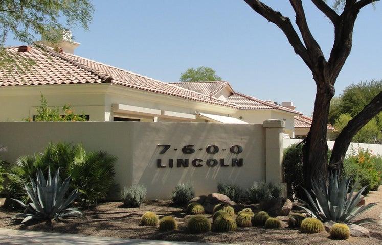 7518 E KRALL Street, Scottsdale, AZ 85250
