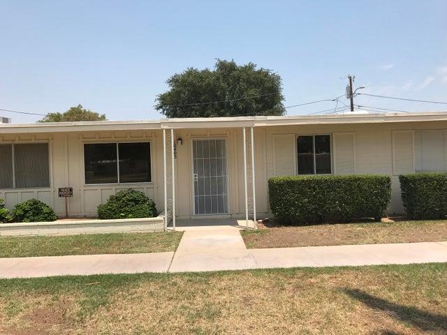 10405 W PEORIA Avenue, Sun City, AZ 85351
