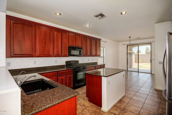 21989 E VIA DEL PALO Street, Queen Creek, AZ 85142