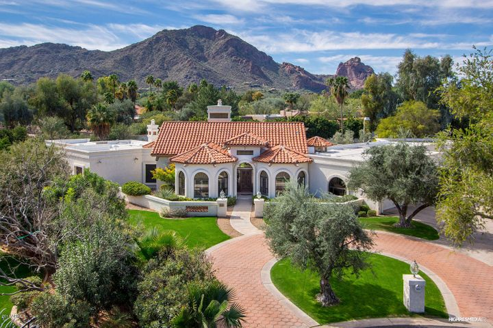 6211 E HUNTRESS Drive, Paradise Valley, AZ 85253
