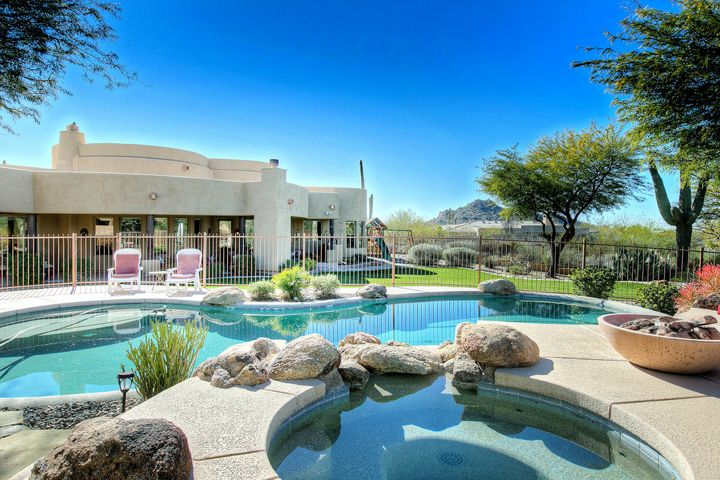 8366 E EAGLE FEATHER Road, Scottsdale, AZ 85266