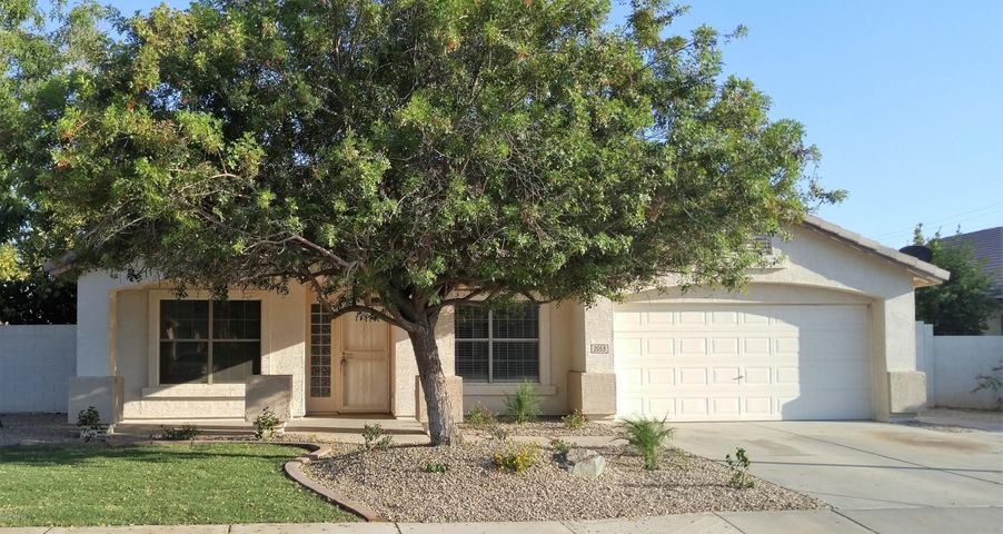 2053 E WILLOW WICK Road, Gilbert, AZ 85296