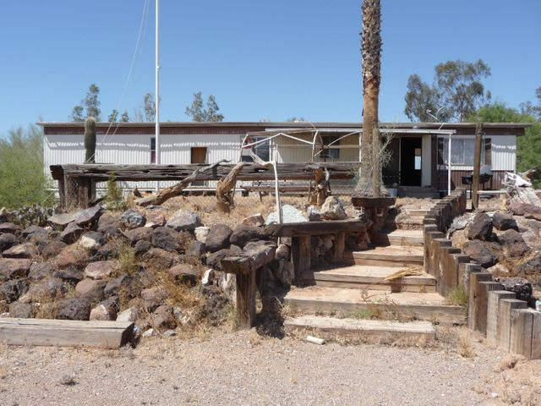 42628 LA POSA Road, Bouse, AZ 85325