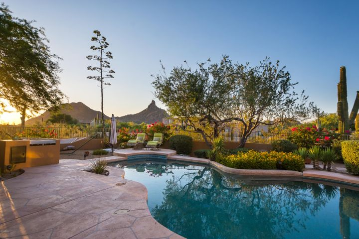 10320 E RANCH GATE Road, Scottsdale, AZ 85255