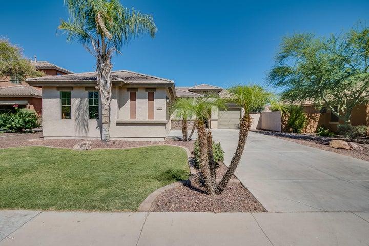6896 S CRESTVIEW Drive, Gilbert, AZ 85298