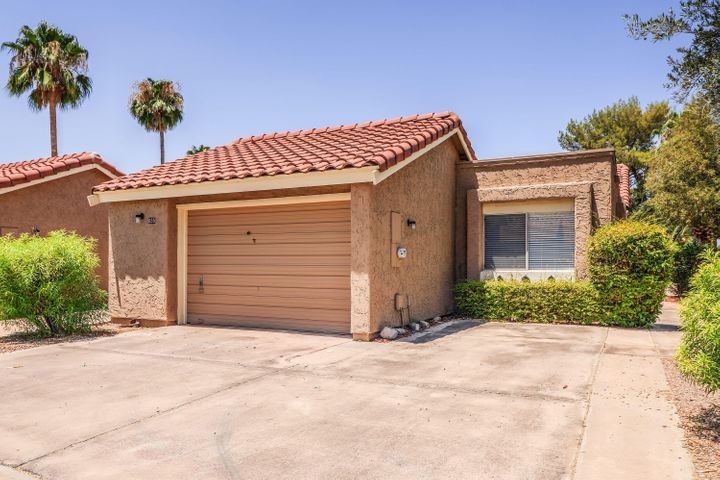 655 LEISURE WORLD, Mesa, AZ 85206