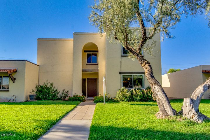 8232 E MCDONALD Drive, Scottsdale, AZ 85250