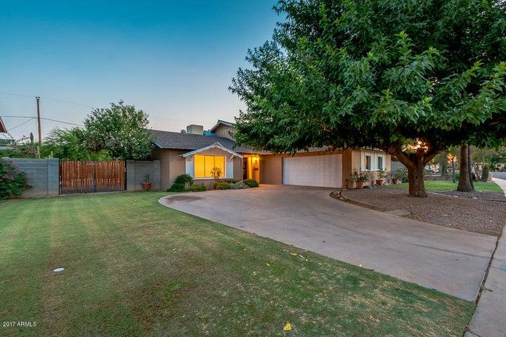 8449 E SAGE Drive, Scottsdale, AZ 85250