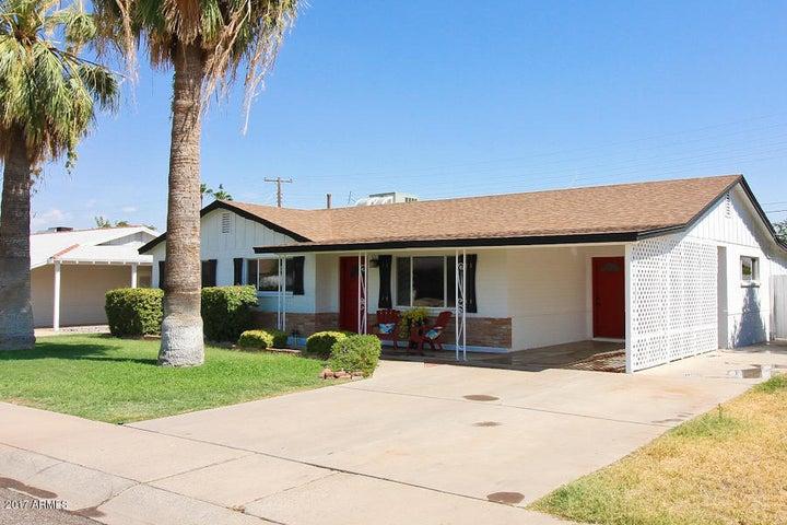 6637 E MORELAND Street, Scottsdale, AZ 85257