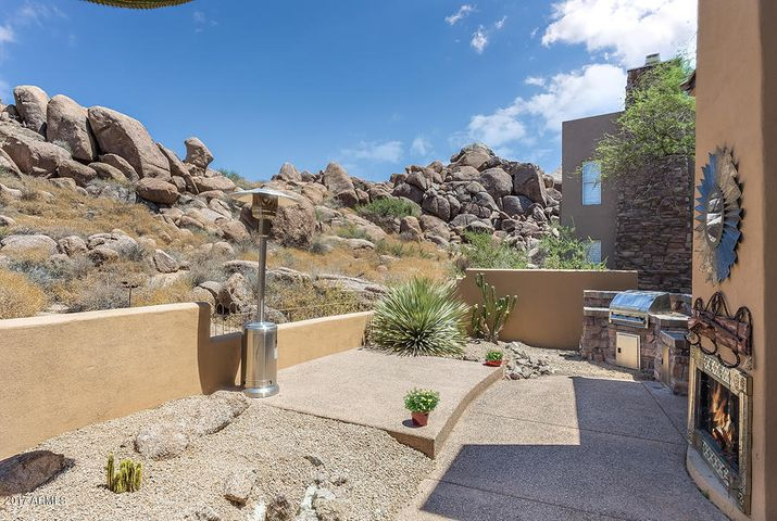 28990 N WHITE FEATHER Lane, 111, Scottsdale, AZ 85262