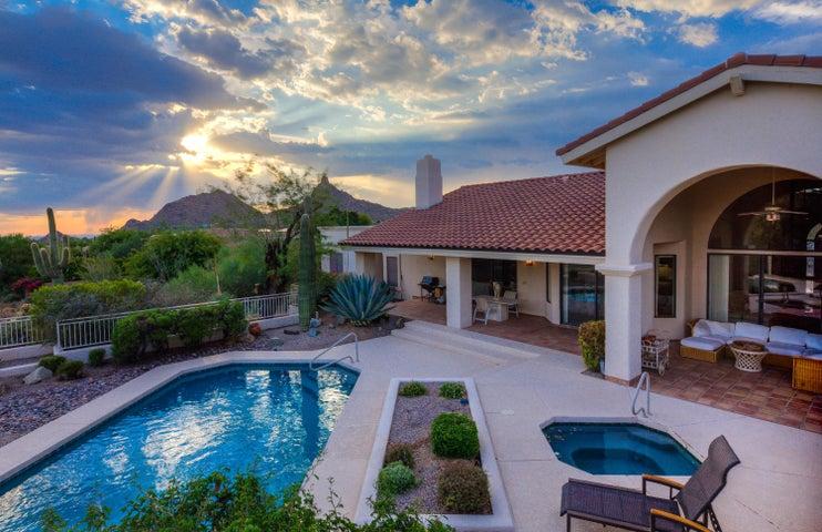 10719 E CANDLEWOOD Drive, Scottsdale, AZ 85255