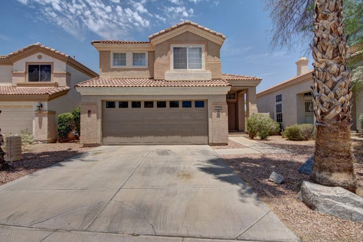 13642 W DESERT FLOWER Drive, Goodyear, AZ 85395
