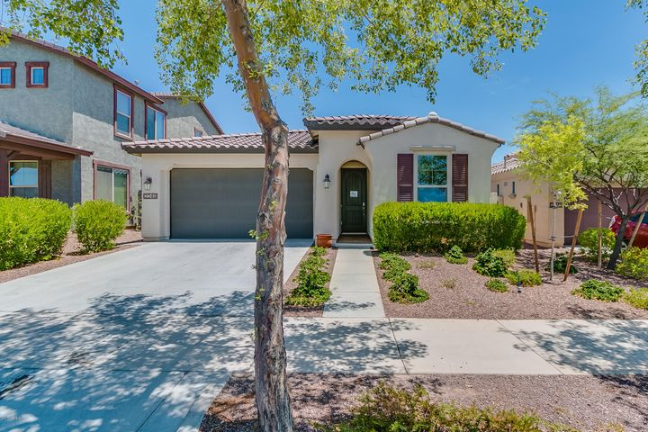 2249 N PARK MEADOWS Drive, Buckeye, AZ 85396
