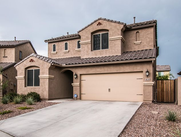 3630 E RAKESTRAW Lane, Gilbert, AZ 85298