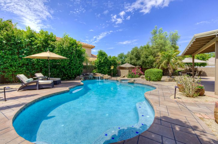 9103 E PARADISE Drive, Scottsdale, AZ 85260