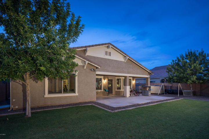 2925 E TRIGGER Way, Gilbert, AZ 85297