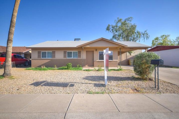6725 W MEDLOCK Drive, Glendale, AZ 85303