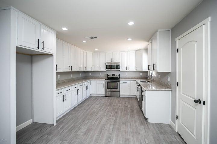 544 N TEMPLE Street, Mesa, AZ 85203