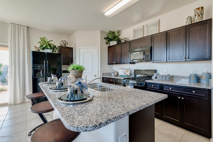 29965 W WHITTON Avenue, Buckeye, AZ 85396