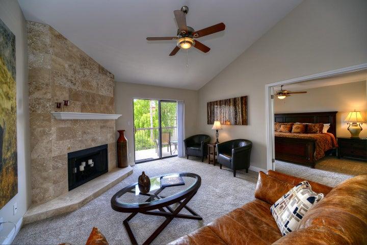 9115 E PURDUE Avenue, 211, Scottsdale, AZ 85258