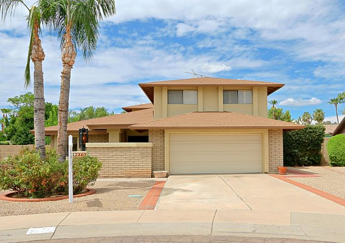 Block constructed home with south/north exposure. Adjacent to Kierland in the desirable 85254 zip code.