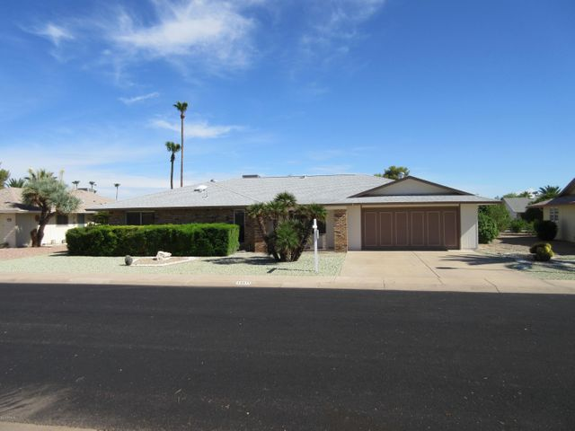 13511 W DAISY Court, Sun City West, AZ 85375
