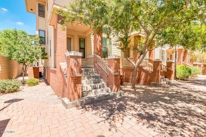 768 S BECK Avenue, Tempe, AZ 85281