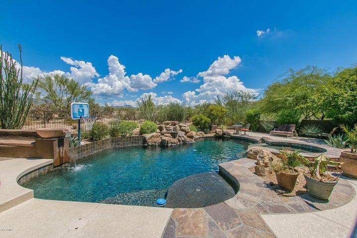 9758 E CAVALRY Drive, Scottsdale, AZ 85262