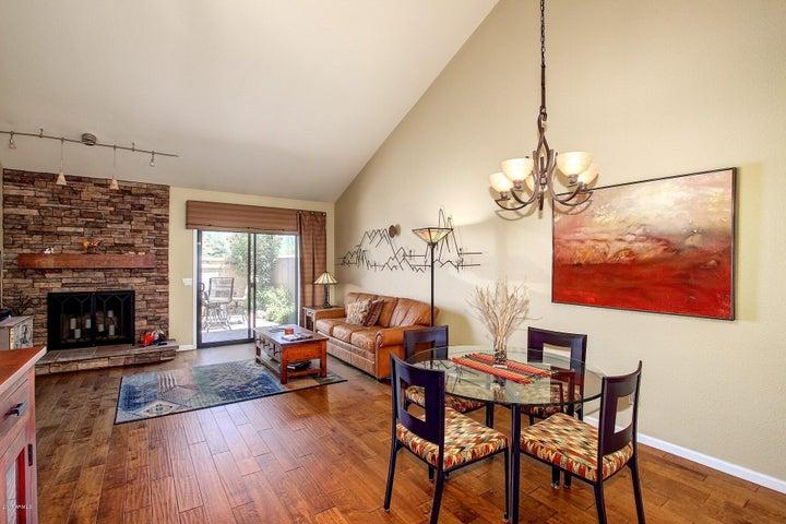 7748 E PEPPER TREE Lane, Scottsdale, AZ 85250