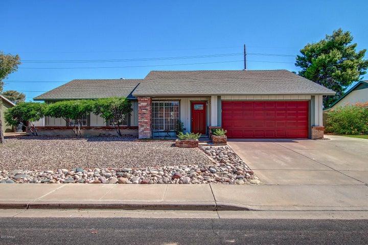 831 E GREENWAY Street, Mesa, AZ 85203