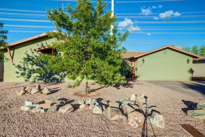 2707 N 66TH Street, Scottsdale, AZ 85257