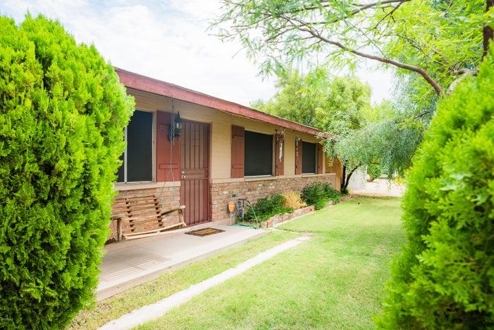 3728 W HAYWARD Avenue, Phoenix, AZ 85051