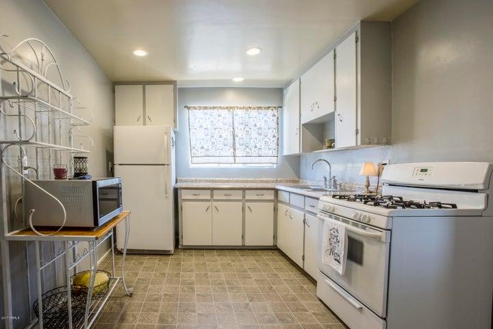 2138 W MARSHALL Avenue, Phoenix, AZ 85015