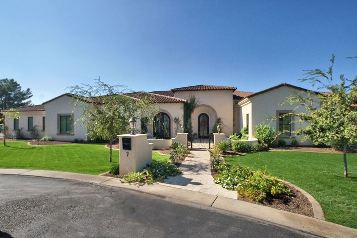 3800 S CLUBHOUSE Drive, 7, Chandler, AZ 85248