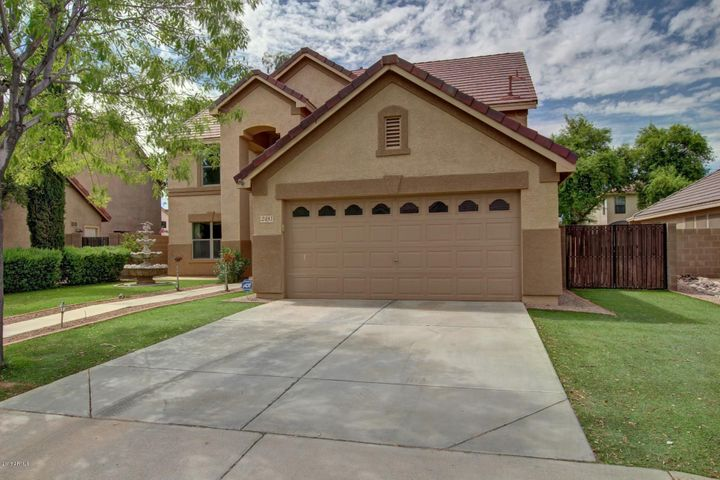 2481 E COUNTY DOWN Drive, Chandler, AZ 85249
